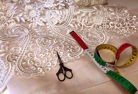 Imagen de un vestido creado por uno de nuestros alumnos en el curso de iniciaion a la costura en Valencia