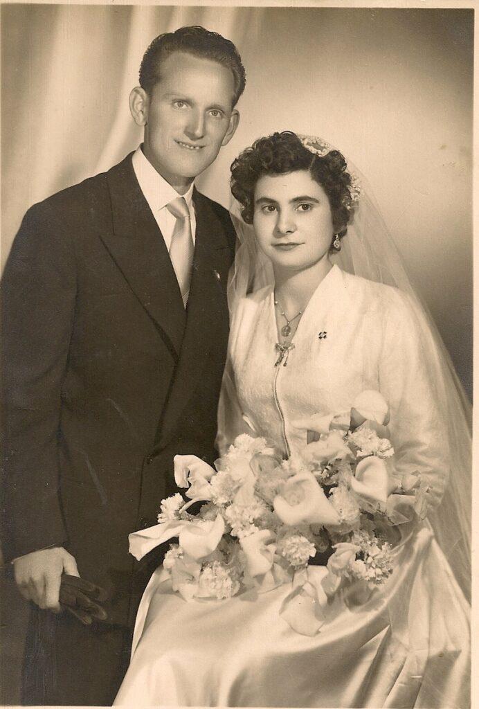 Fotografía antigua de una boda de los años 50 y 60.