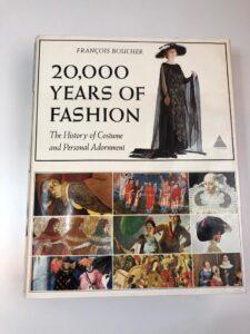 Portada del libro de 20000 años de moda